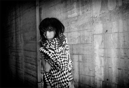 张惠妹-你在看我吗:一个人对话封面缩略图